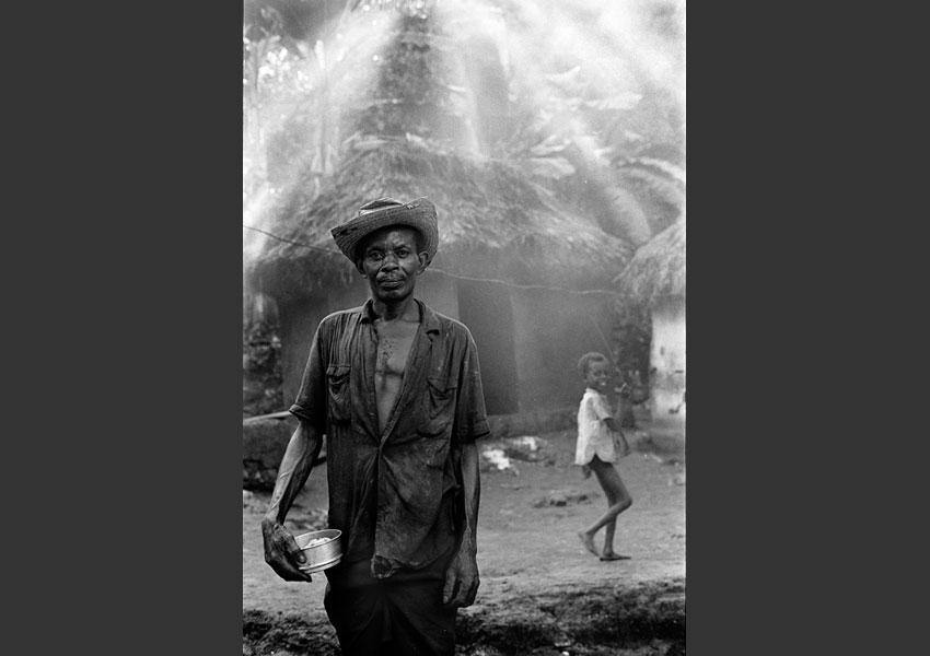 Paysan et son fils, région de Pestel, Haïti 1985.