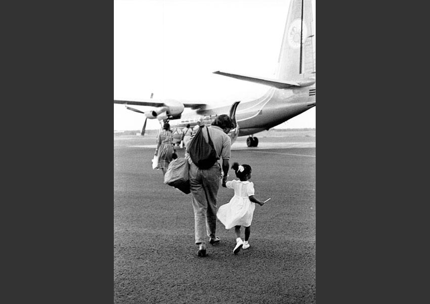 Avion pour Marie Galante, aéroport du Raizet Guadeloupe 1986.