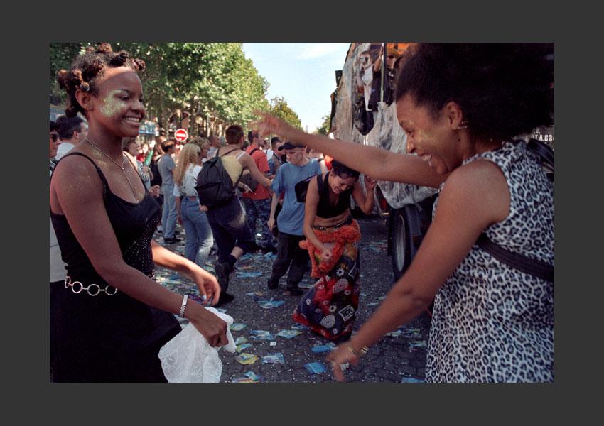 Technoparade, Denfert-Rochereau, Bastille, Nation. Paris 19 septembre 1998.