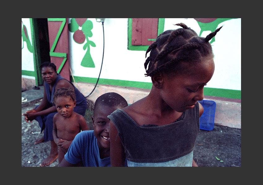 Ile à vache, pendant l'insurrection contre Aristide. Haïti février 2004.