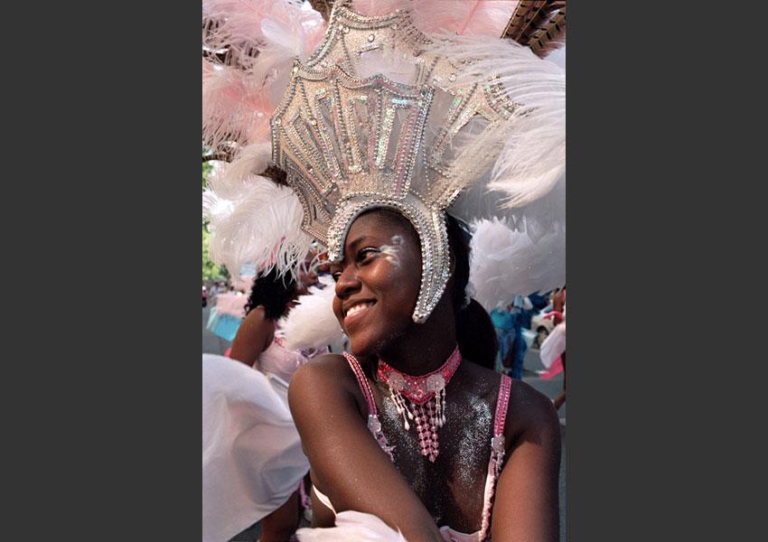 Carnaval Tropical, 4ème édition sur le thème du jardin créole. De République à Nation, Paris le 26 juin 2006.