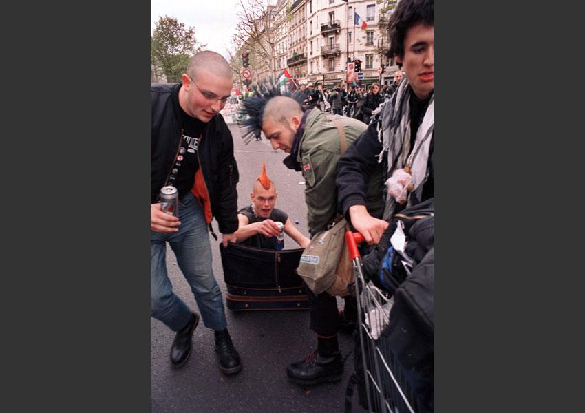 Manifestive des Précaires. De République à Nation, Paris le 26 octobre 2007.